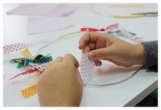 DIY - Christmas fabric wreath - fine motor  - knot activity Adventski vjenčić za vrata od šarenih trakica - vježbe fine motorike
