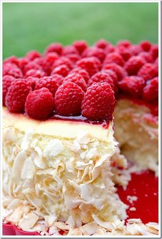 Toasted coconut and raspberry cheesecake | Just a good recipe