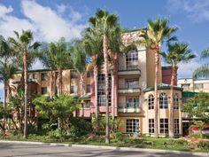 Anaheim Studio Rental: All Suite Hotel Within Walking Distance To Disneyland Parks | HomeAway $125/night sleeps 6