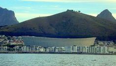 Passando ao lado do lindo Cape Town Stadiun
