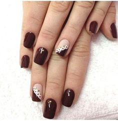 These lovely manicure styles can not only be done in manicure shops, but also suitable for beginners to operate at home. Come and pick the one that belongs to you. Matte Nails Glitter, Acrylic Nails, Nail Manicure, Toe Nails, Simple Nail Art Designs, Nail Designs, Maroon Nails, Trendy Nail Art, Flower Nail Art