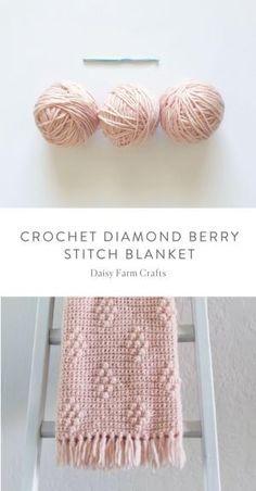 Free Pattern - Crochet Diamond Berry Stitch Blanket #crochet by helga