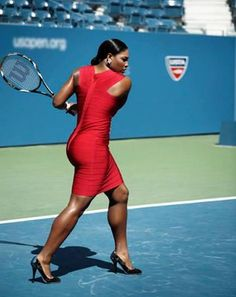Serena Williams is healthy & chic! who says you can't be both at the same time?