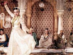 ".Rekha in ""Umrao Jaan"" {1981} - Bollywood Mujra Dance"