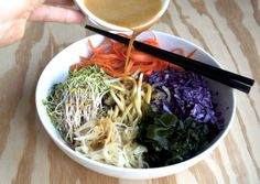 macro bowl: carrot, zucchini, wakame, sprouts, red cabbage & knock off dragon sauce (nutritional yeast, olive oil, maple syrup, tamari, water, tahini, garlic)