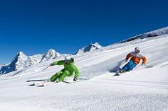 s ist ein Wintertraum, der Skifahrer und Snowboarder verbindet: Frühmorgens liegt ihnen auf 2'970 M.ü.M. – im Herzen des höchstgelegenen Skigebietes im Berner Oberland – eine tief verschneite Landschaft zu Füssen. Neben einem weitläufigen Netz aus rund 54 Pistenkilometern und modernen Transportanlagen steht eine Vielzahl phänomenaler Freeride Runs zur Auswahl, so auch der beliebte 'Totenkopf.'