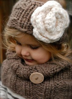 Adorable-how I wish I was crafty enough to make this :)