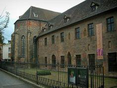 Colmar - le musée Unterlinden - ancien couvent des Dominicains