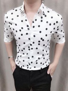 Mens Fashion Wear, Fashion Outfits, Mens Designer Shirts, Formal Shirts For Men, Business Casual Men, Outfit Grid, Casual Look, Mens Clothing Styles, Printed Shirts