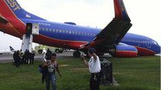 Ten hurt as NY plane's wheel fails 7/22/13