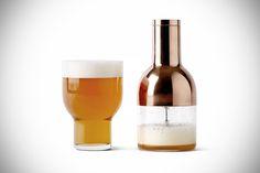 Beautiful Beer Foamer lets you create draft beer foam in seconds