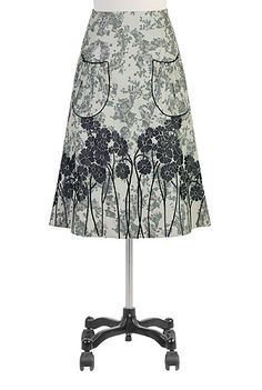 Floral embellished patch pocket skirt