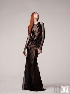 Basil Soda - Haute couture - Printemps-été 2013 - http://www.flip-zone.fr/fashion/couture-1/fashion-houses/basil-soda-3426