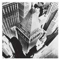 14 Nerve-Wracking Photos From High Atop Old School NYC Skyscrapers: Gothamist 3 Point Perspective, Art Reference, Old School, New York City, Louvre, Nyc, Architecture, Travel, Image
