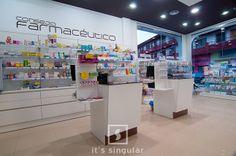 Farmacia Raquel Lopez en Aguadulce, Almería. Its Singular