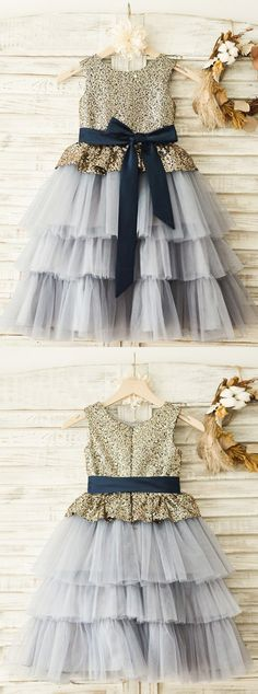 scoop a-line fashion gowns for baby girls, sparkle fashion children dresses, cute grey flower girl dresses with sequins . Baby Girl Dress Design, Grey Flower Girl Dress, Little Girl Dresses, Girls Dresses, Trendy Dresses, Simple Dresses, Cute Dresses, Fashion Dresses, Fashion Shoot