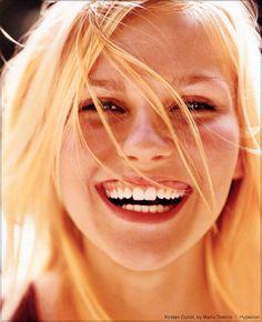 Kirsten Dunst by Mario Testino for Vanity Fair, May So happy face. Beautiful Smile, Beautiful People, Beautiful Women, Kirsten Dunst, Just Smile, Smile Face, Happy Smile, Mario Testino, Smiles And Laughs