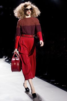 Ahhhh! The way Marc Jacobs used the different shades of red to make an outfit is by far my fave! Looks like the trend for this fall would be the long skirts with a knit sweater! THIS IS WHAT I NEED, TOO CUTE!!!
