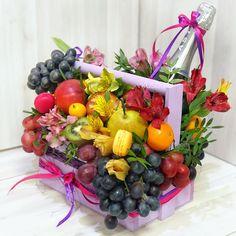 Fruit Hampers, Gift Hampers, Fruit Flower Basket, Flower Boxes, Food Bouquet, Diy Bouquet, Holi Gift, Chocolate Bouquet Diy, Party Food Platters