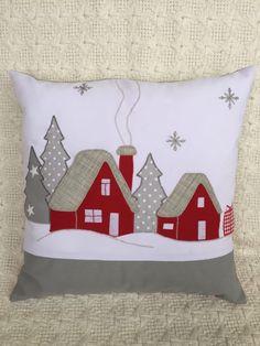 Applique Pillows, Sewing Pillows, Diy Pillows, Applique Quilts, Decorative Pillows, Christmas Cushions, Christmas Pillow, Felt Christmas, Christmas Sewing Projects