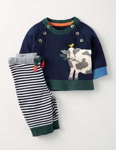 Mini Boden Cow Fun Knitted Play Set Outfit Months Baby Boy for sale online Baby Pullover, Baby Suit, How To Make Clothes, Knitting For Kids, Mini Boden, Stylish Kids, Cool Baby Stuff, Baby Month By Month, Knitwear