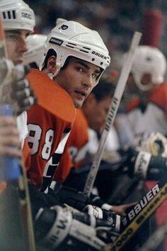 Eric Lindros | Philadelphia Flyers | NHL | Hockey More