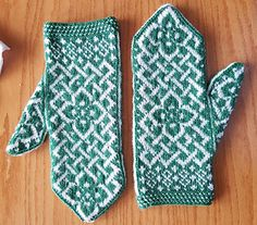 Pattern assumes basic knowledge of how to knit a mitten.