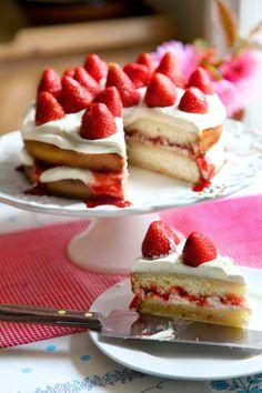 VERY SIMPLE RECIPE: Mega Strawberry Summer Cake   DonalSkehan.com   HomeCooked Kitchen Blog