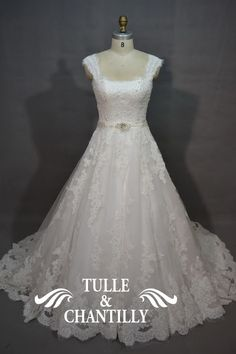 images/Lace-Embroidery-Square-Neckine-Wedding-Gowns-p-TBQW078.jpg                                   $458.00