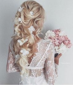 #wedding hairstyles for #bride #bridesmaid #curl volume hair with blonde hair | cute | chic | for girls and women | long #hairstyles | wavy hair with flower crown