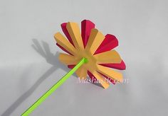 Very easy and beautiful paper flowers | Mashustic.com