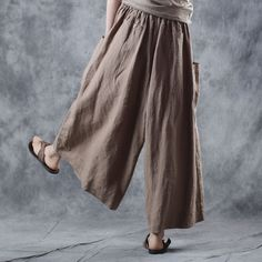 Buy Comfy Ramie Khaki Pants Womans Plus Size Genie Pants in Pants online shop, Morimiss offers Pants to make you feel comfortable Plus Size Skirts, Plus Size Jeans, Genie Pants, Dresser, Maxi Pants, Balloon Pants, Bohemian Style Clothing, Loose Jeans, Plus Size Summer