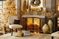 We invite you to have a look at the comfort level photos, get inspired by these Cozy Christmas Decoration Ideas Bringing The Christmas Spirit. Gold Christmas Decorations, Christmas Ornament Crafts, Holiday Centerpieces, Holiday Candles, Tree Decorations, Christmas Fireplace, Christmas Mantels, Cozy Christmas, Beautiful Christmas