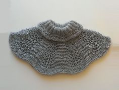 This soft, warm and very elastic, seamless turtle neck warmer made by me, using my own pattern.    Color: Gray    Measurement (unstretched):  Neck
