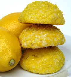 Sparkling Lemon Pillow Cookies-A soft pillow-y cakey cookie delicately lemon flavored with extract or boldly lemon flavored with juice and zest. Both versions have a crunchy sugar exterior and a melt-in-your-mouth soft interior. Lemon Curd Dessert, Lemon Desserts, Lemon Recipes, Cookie Desserts, Just Desserts, Cookie Recipes, Delicious Desserts, Dessert Recipes, Yummy Food