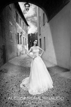 http://www.nicolespose.it/it/ #alessandrarinaudo #collection for #nicolespose #weddingdress #wedding #abitidasposa  #nicole #labitodeisogni #bianco #white #fashion