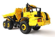 Full R/C Articulated LEGO Technic Dump Truck | The Brothers Brick