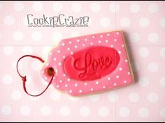 Oval LOVE Valentines Gift Tag Decorated Sugar Cookie Tutorial Video - Cookie Crazie