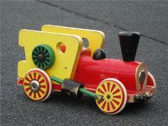 Tradera ᐈ Köp & sälj begagnat & second hand Brio, Second Hand, Wooden Toys, Craft Ideas, Disney, Vintage, Toys, Wood Toys, Diy Ideas