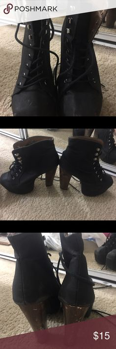 BLACK BOOTIE Wore these to dance class and out so comfortable-- if you're a dancer you'd appreciate these Shoes Ankle Boots & Booties