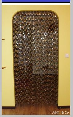 Door curtain made with coins.     Gloucestershire Resource Centre http://www.grcltd.org/scrapstore/