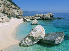 Cala Mariolu, Cala Gonone, Golfe Di Orosei (Orosei Gulf), Island of Sardinia, Italy #Sardinia #Beaches