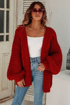 45 Magical Fall Outfits You Will Absolutely Love / 30 - Casual Outfits Winter Outfits Women, Fall Outfits, Outfits With Red, School Outfits For Teen Girls, Ladies Outfits, Fall Fashion Trends, Autumn Fashion, Daily Dress Me, Look Fashion