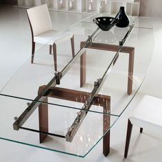 Crystal table mod. Montecarlo, Cattelan. // Mesa de cristal mod. Montecarlo, Cattelan. // Tavolo in cristallo mod. Montecarlo, Cattelan. #table #mesa #tavolo #crystal #cristal #cristallo #cattelan