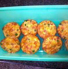 vingerhappies   Kreatiewe Kos Idees Muffin Pan Recipes, Tart Recipes, Cooking Recipes, Gammon Recipes, Savory Snacks, Healthy Snacks, Savory Muffins, Savoury Recipes, Savoury Dishes
