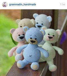 Instagram. PICTURE ONLY for inspiration. Crochet amigurumi baby bears