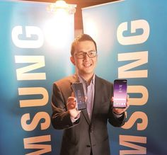 A dazzling beauty - SAMSUNG Electronics Malaysia recently unboxed its latest flagship device, the Galaxy S8, offering journalists a hands-on experience of the smartphone and what it can do. The Galaxy S8 looks spectacular – classy and elegant – easily the most opulent phone the company has released.