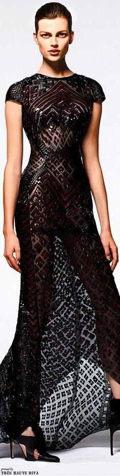 Mendel Pre-Fall 2014 A dress the next Bond girl should wear:)))) High Fashion, Fashion Show, Womens Fashion, Fashion Design, Dress Fashion, Look Formal, Black White, Beautiful Gowns, Couture Fashion