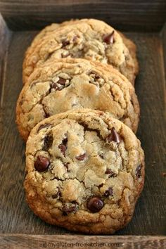 Best Chewy Gluten Free Chocolate Chip Cookies