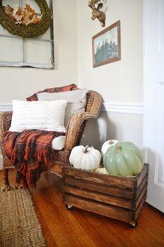 Fall Home Decor, Autumn Home, Diy Home Decor, Storage Bins, Diy Storage, Handmade Furniture, Home Furniture, Furniture Projects, Wood Crates